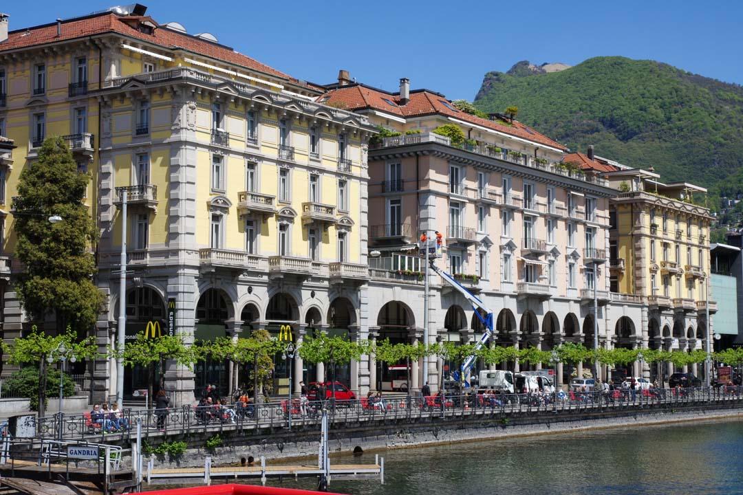 Centre ville de Lugano au bord du lac