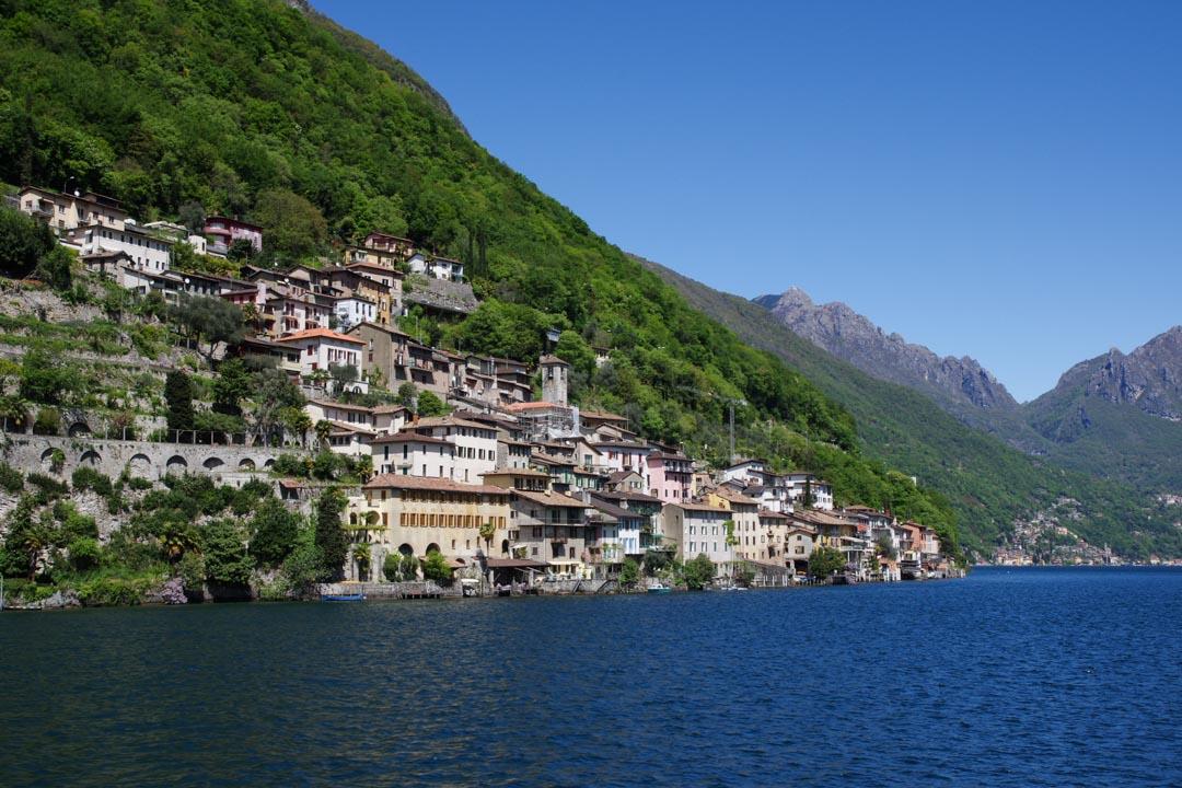 Le village de Gandria au bord du lac de Lugano