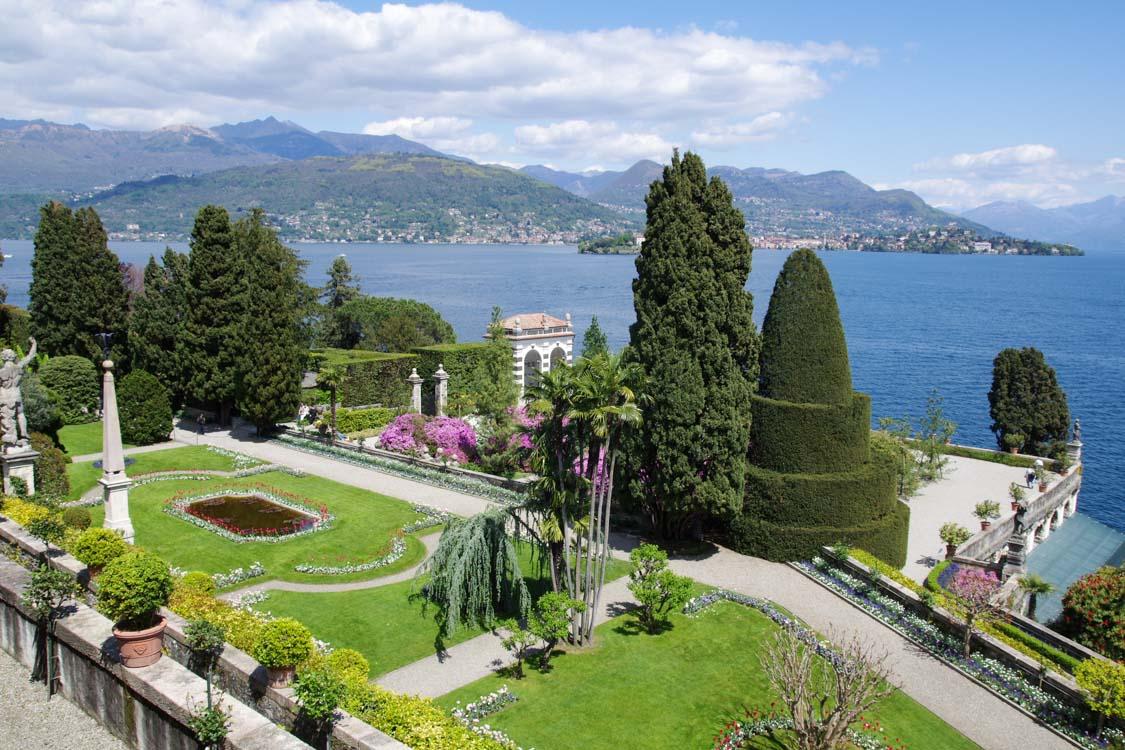 Les jardins d'Isola Bella et la vue sur le Lac Majeur