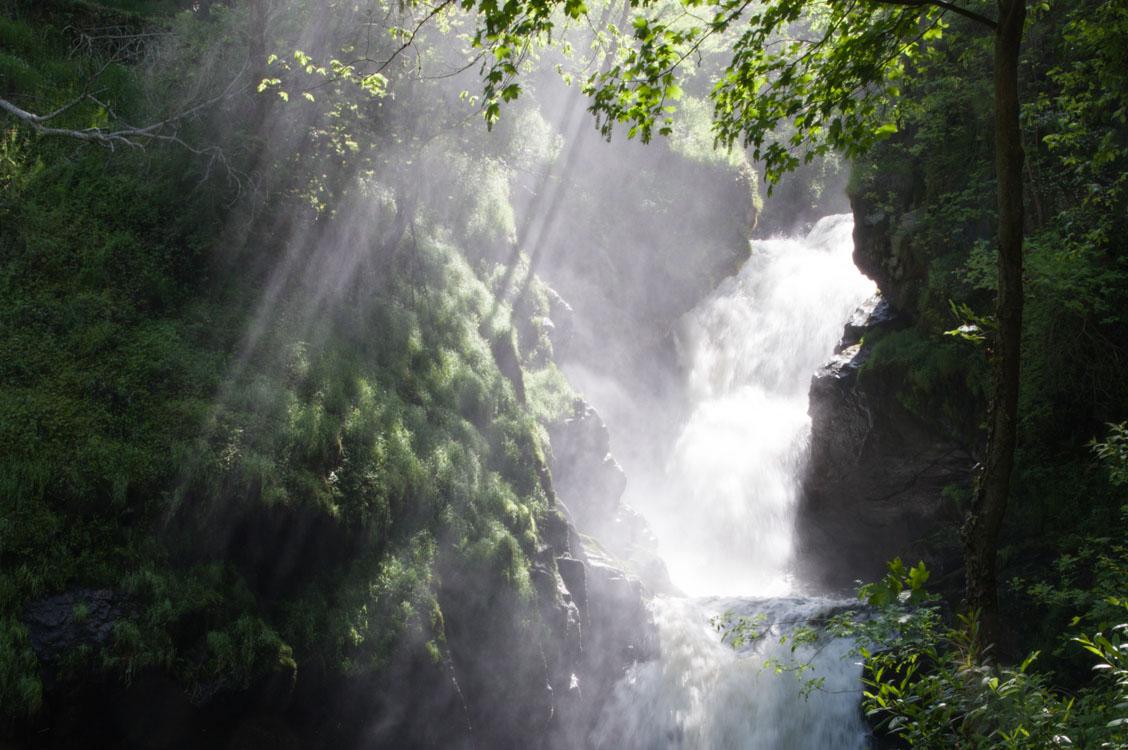 Excursion dépaysante aux cascades de Gimel