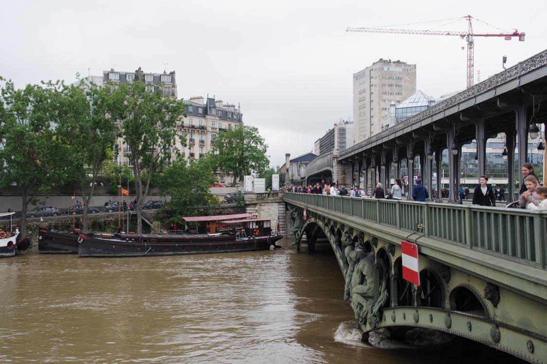 crue de la seine au pont de Bir Hakeim