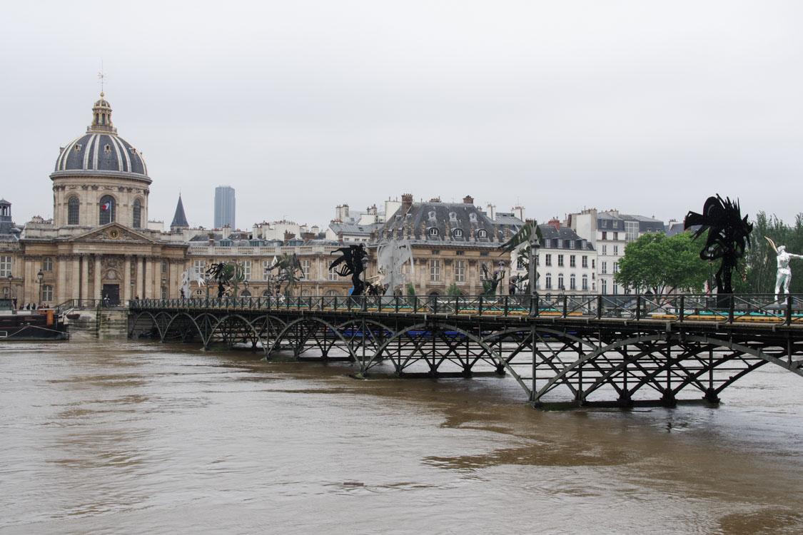 pont des arts - Crue de la Seine 2016