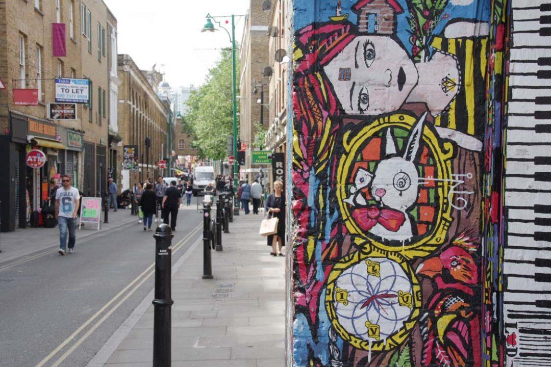 un tag dans Brick Lane - East London