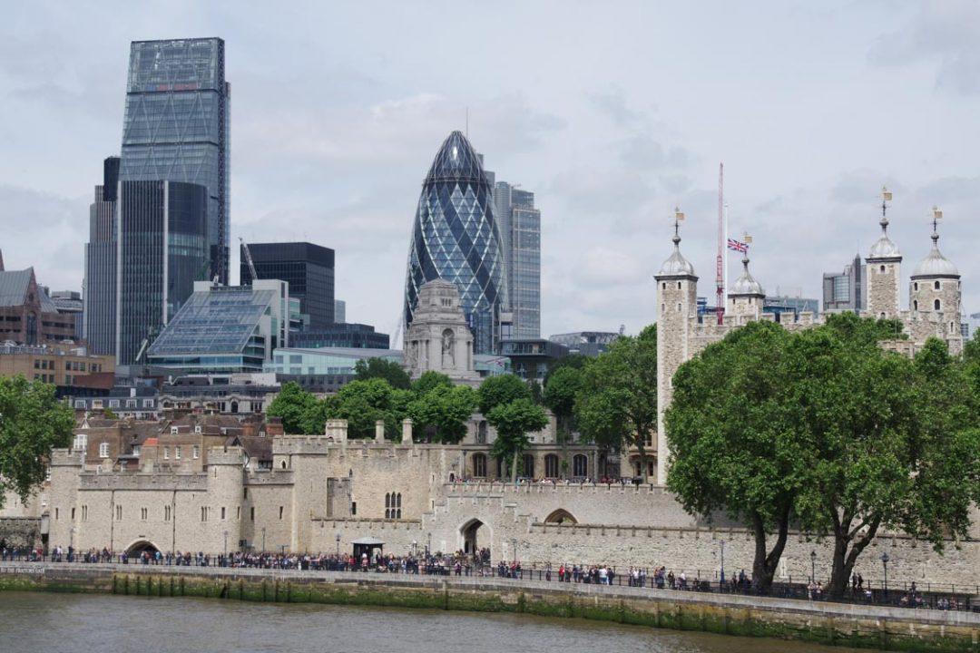 Panorama sur la City et la Tour de Londres