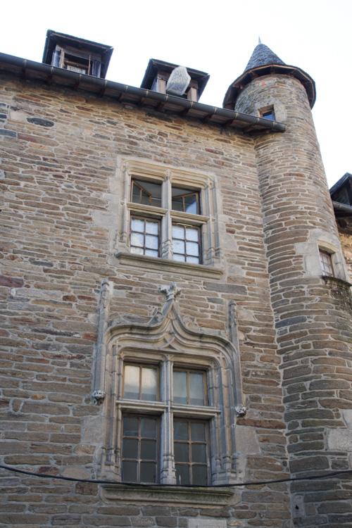 détail de l'hôtel Joyet de Maubec - Uzerche