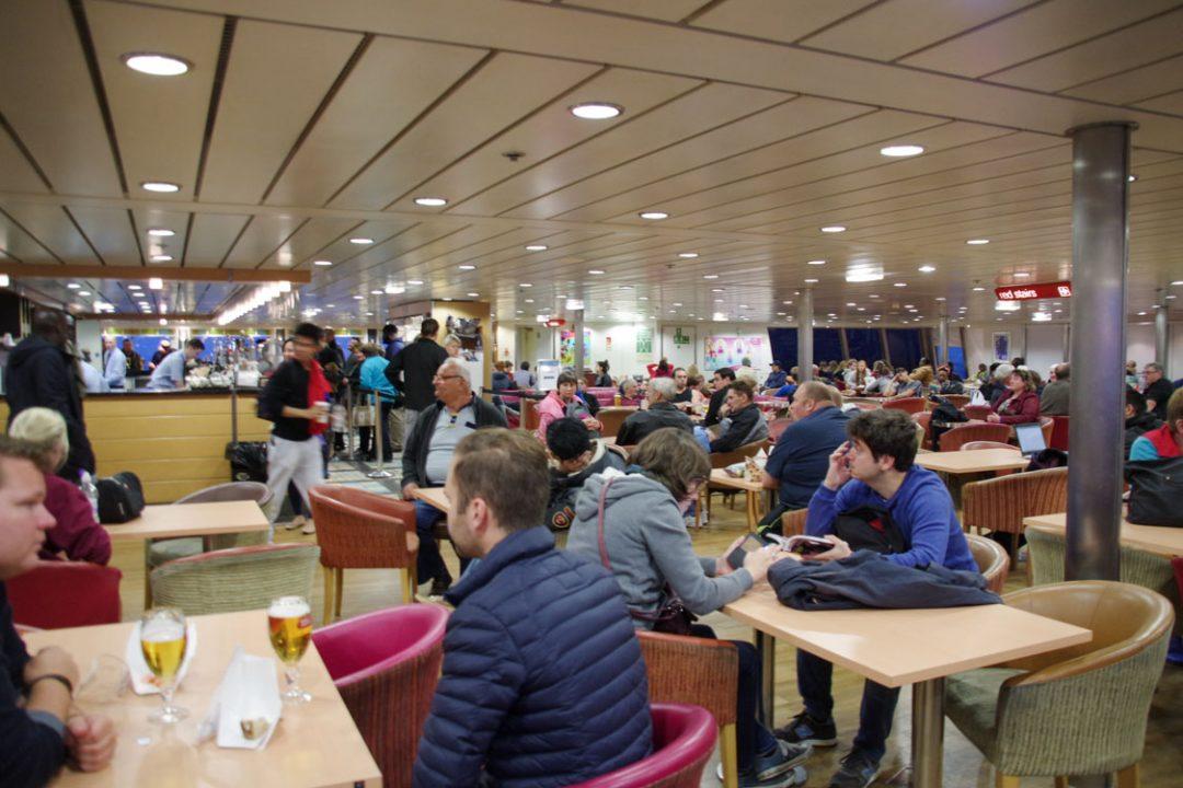 dans le ferry Calais Douvres