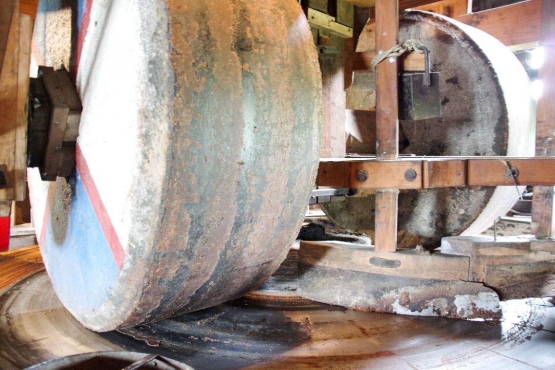 Intérieur du moulin à huile