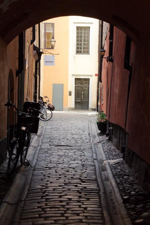 ruelles dans Gamla Stan, le centre historique de Stockholm