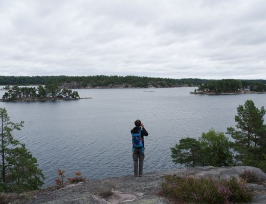 Panorama sur l'archipel de Stockholm depuis le somment de l'île de Grinda
