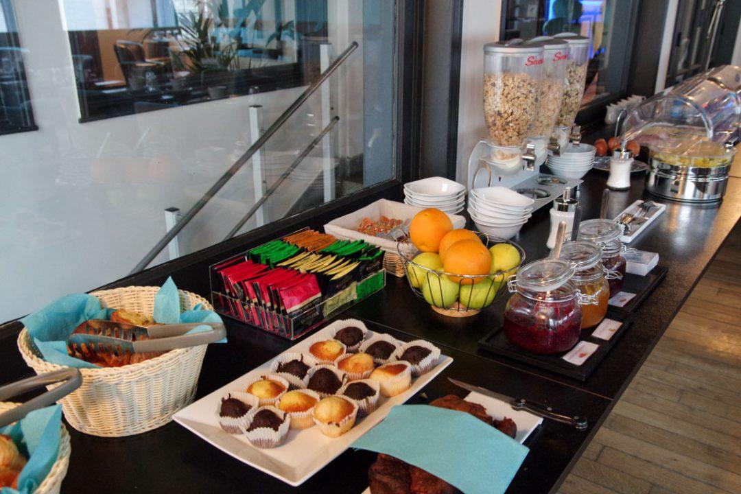 buffet petit déjeuner hotel castel victoria