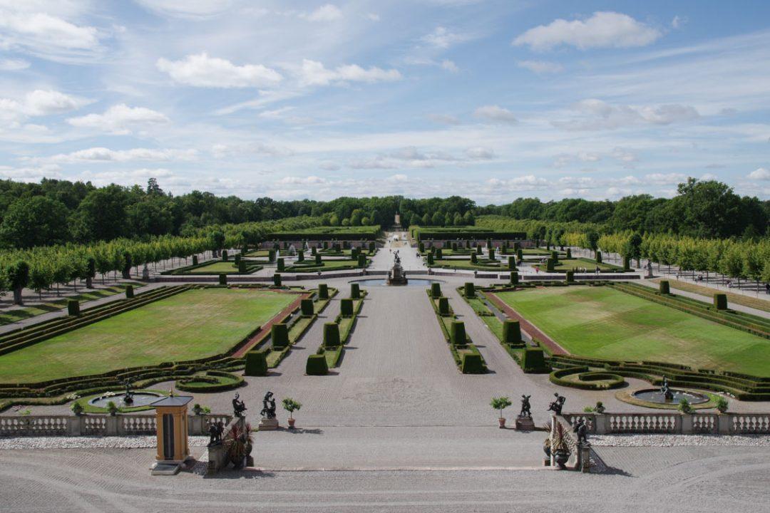 Jardin à la francaise du parc du domaine royal de Drottningholm