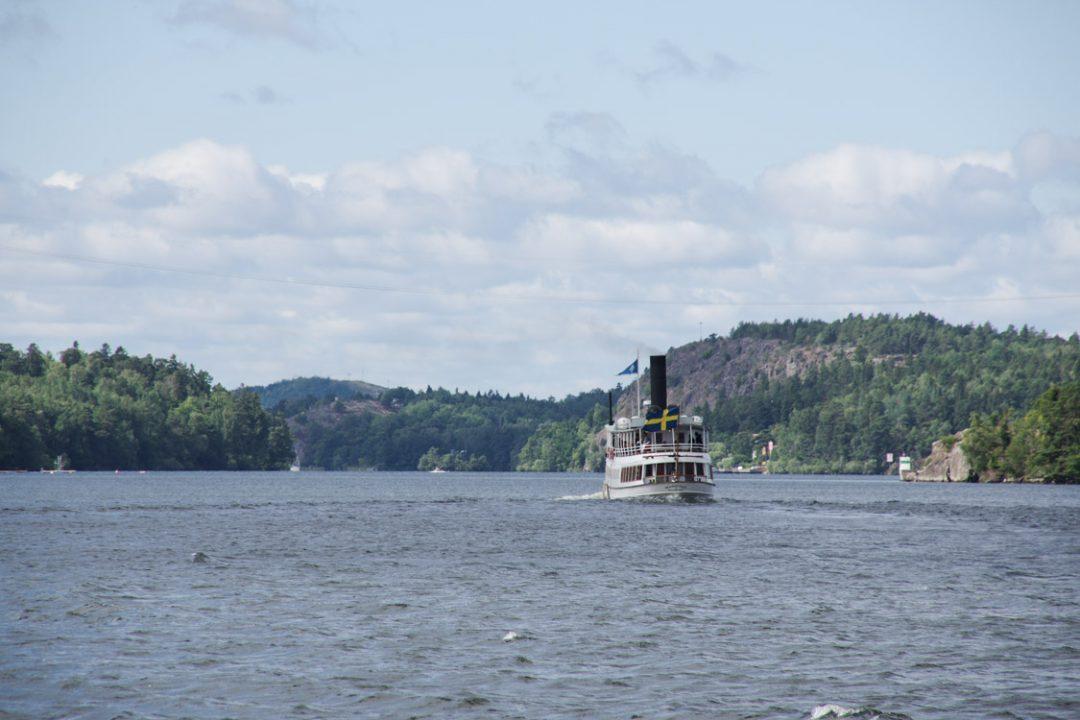 Un bateau à vapeur sur le Lac Malaren