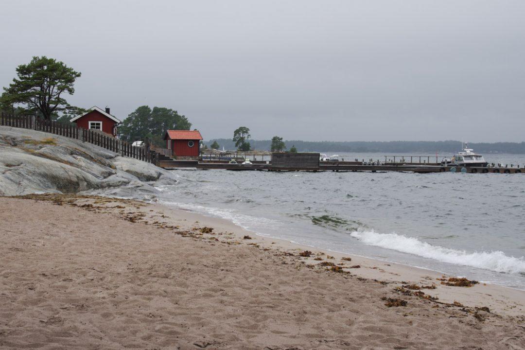 plage de Sandhamn dans l'archipel de Stockholm