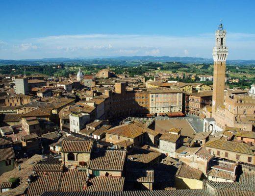 Panorama sur la ville de Sienne depuis le musée de l'Opera