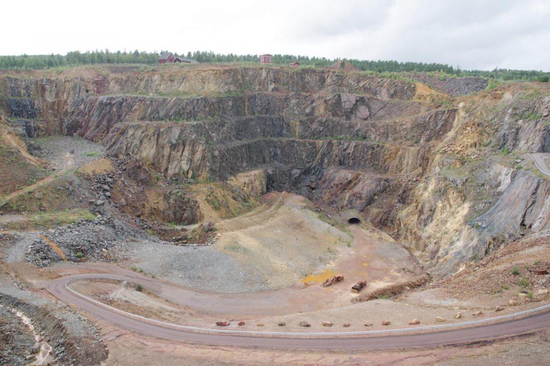 le grand trou de la mine de Falun