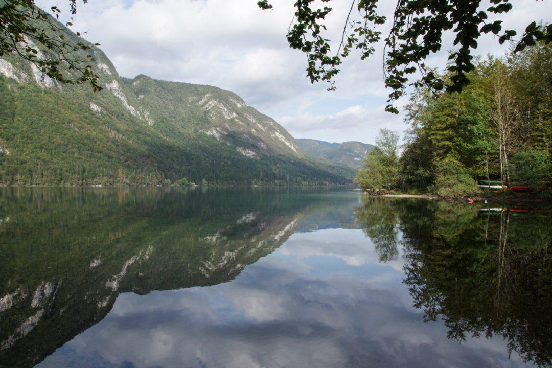 Le Lac de Bohinj en Slovénie