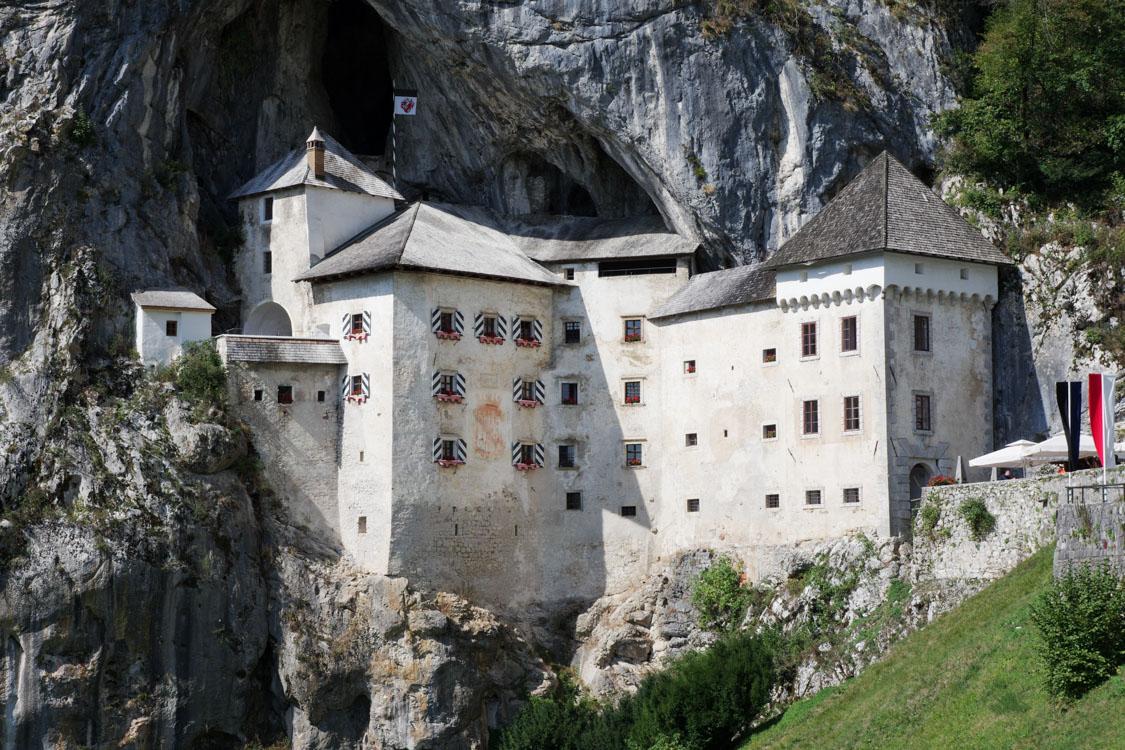 Les grottes de Postojna et le château de Predjama