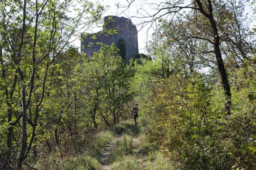 Randonnée aux ruines du château de Vipava