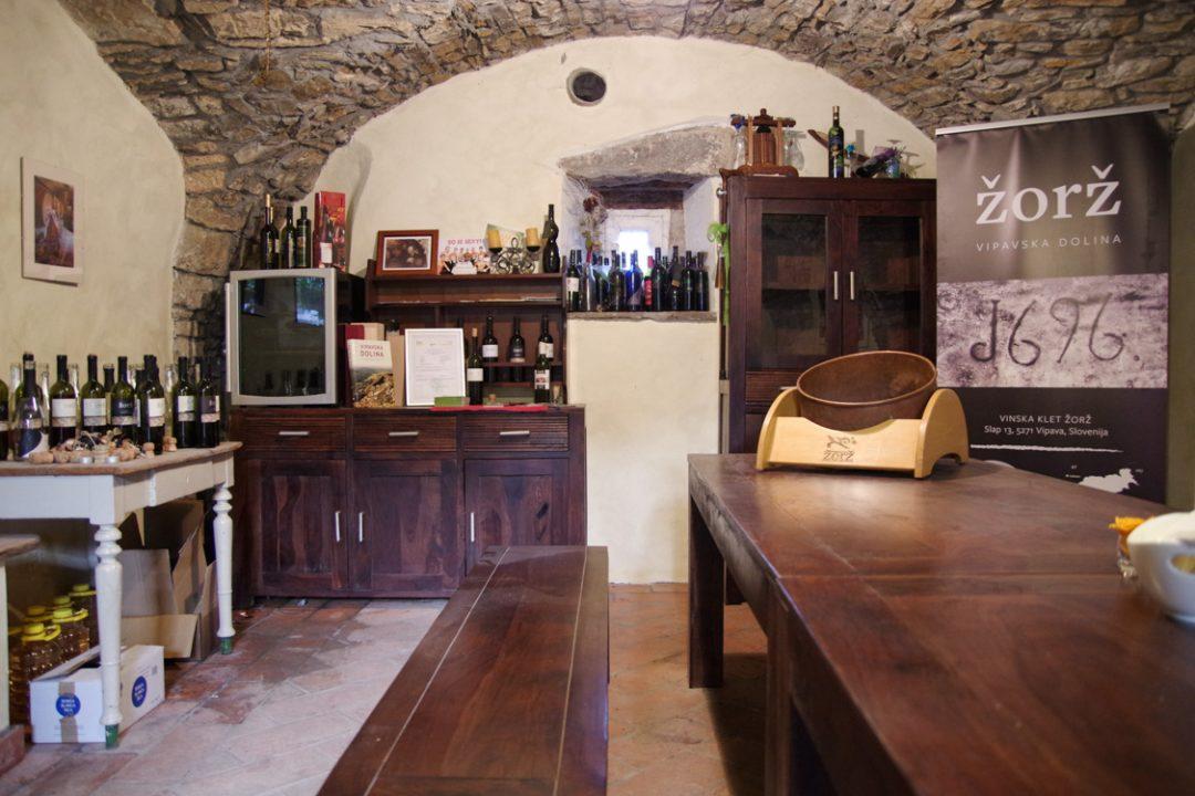Salle de dégustation de vin zorz