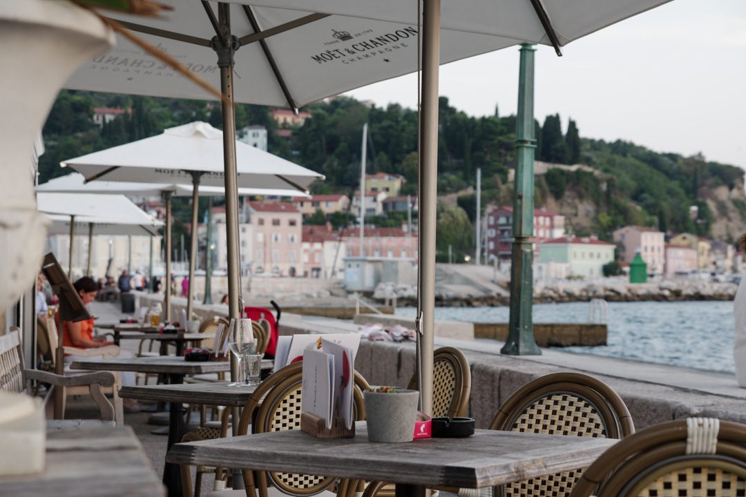 bar au bord de l'eau - Piran - Slovénie