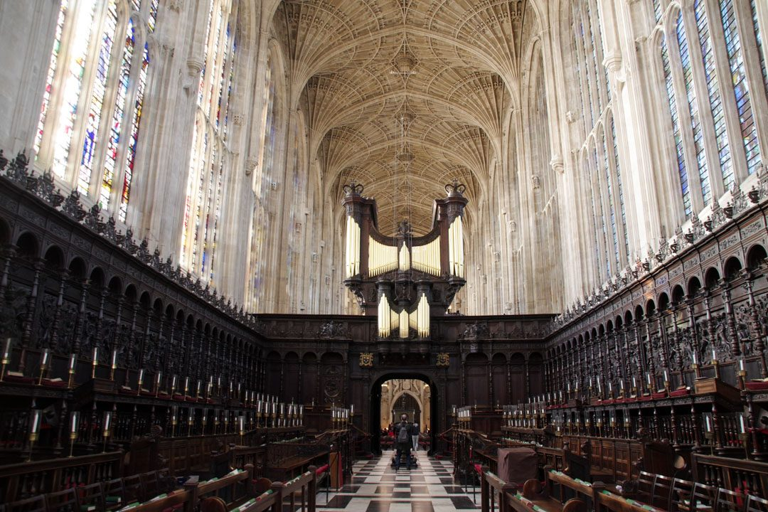 Intérieur de la chapelle de King's College - Cambridge