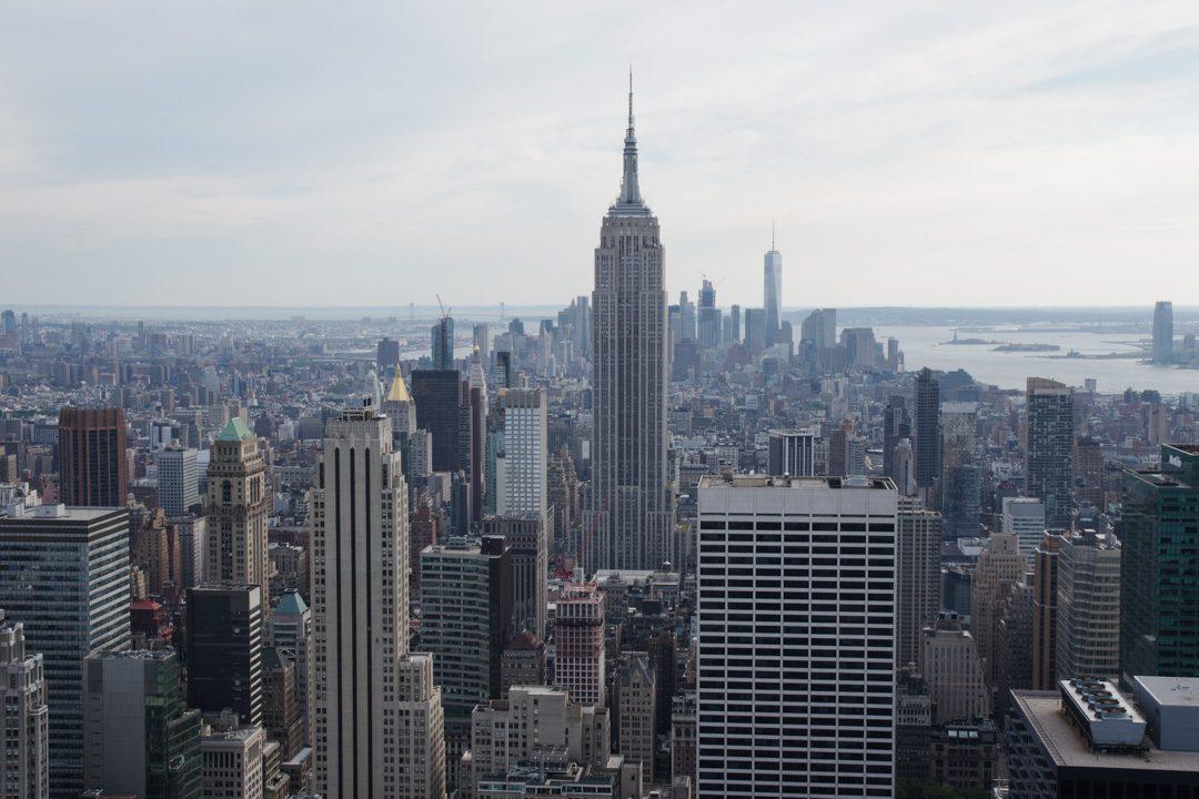 Vue sur l'Empire State Building depuis la plateforme d'observation du Top of the Rock - New York
