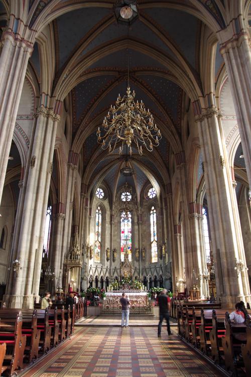 intérieur de la cathédrale de Zagreb