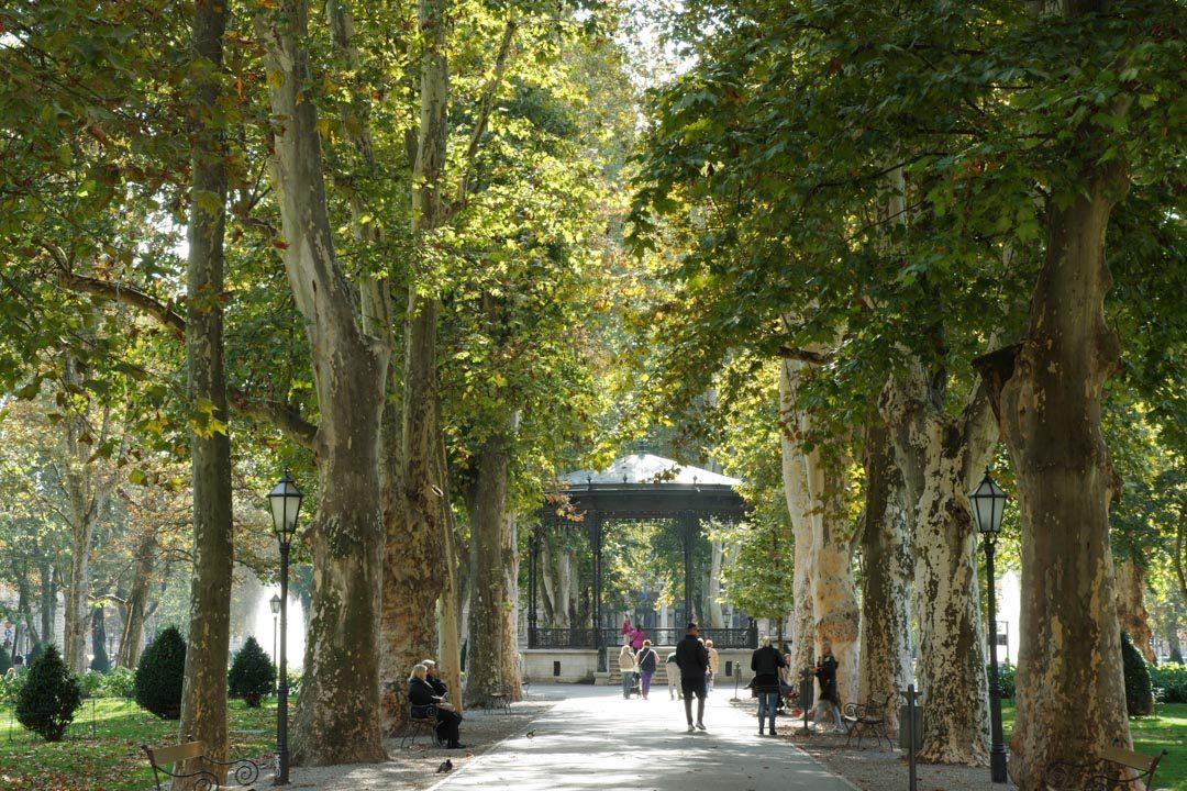 Un des parcs du quartier du fer à cheval à Zagreb