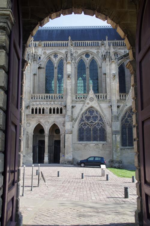cathédrale de bayeux vue depuis l'hôtel du Doyen
