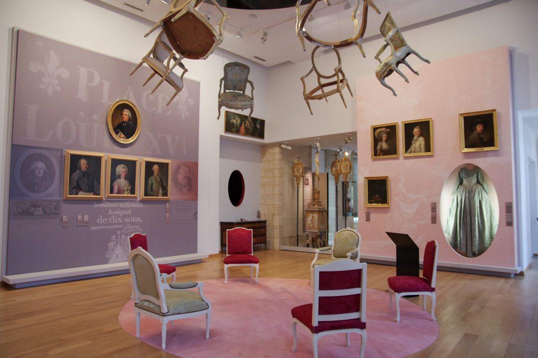 Musée d'art et d'histoire Baron Gérard - Salle du XVIIIeme siecle