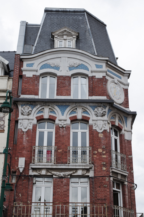 Immeuble art déco dans le centre-ville de Lens