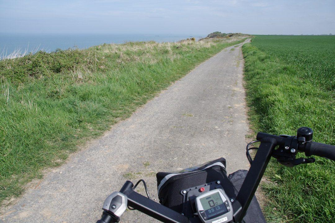 A vélo le long des falaises de Normandie