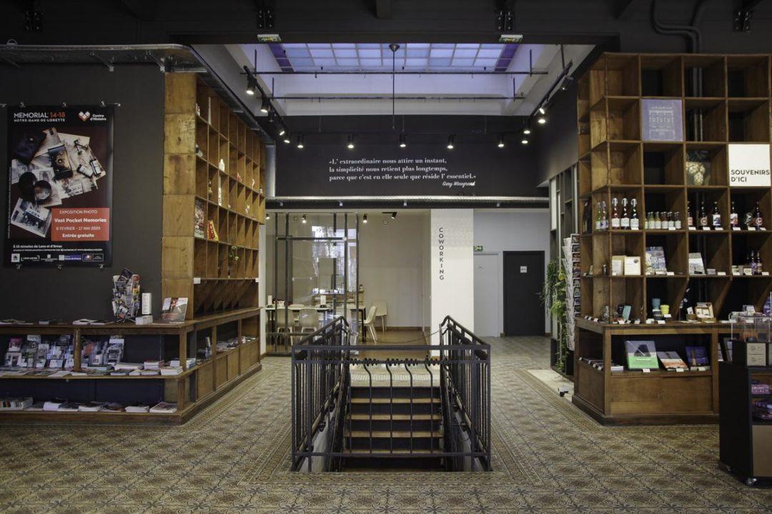 Intérieur de l'Office du Tourisme de Lens
