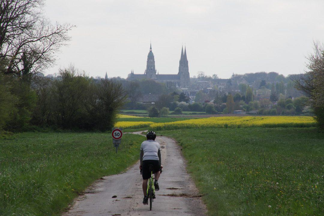retour sur Bayeux à travers les champs