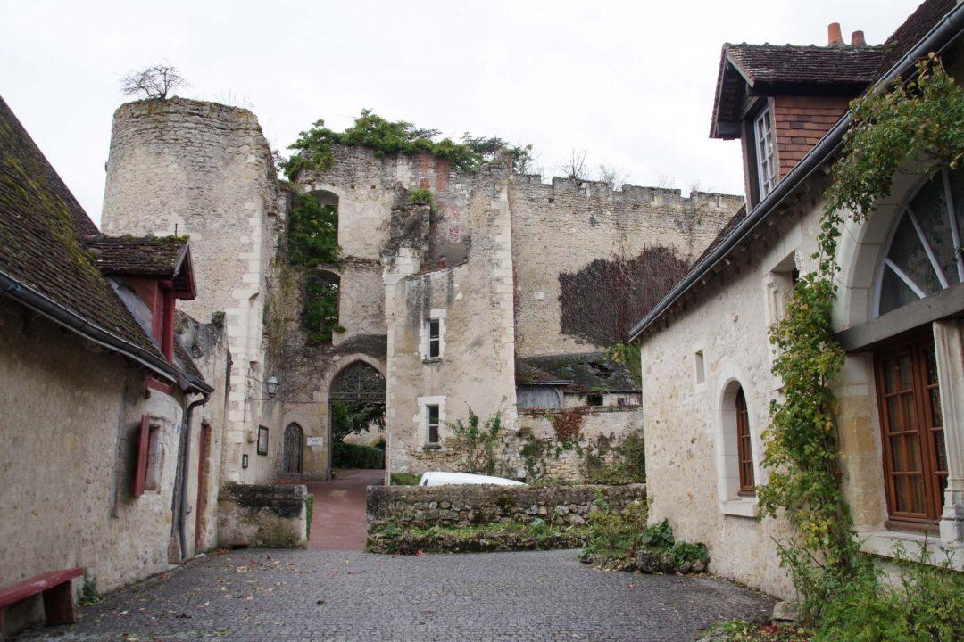 entrée principale du chateau de Montrésor