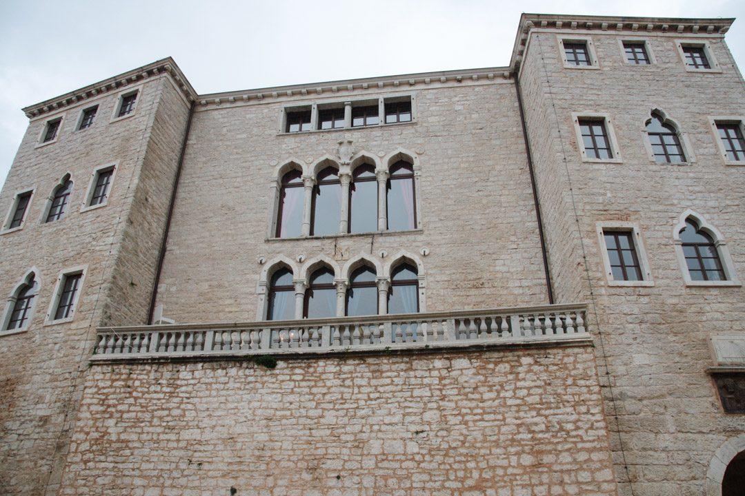 Palais de Bale dans l'Istrie en Croatie