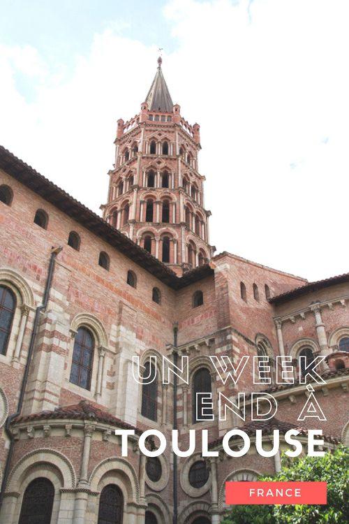 Le guide pratique pour découvrir le centre-ville de Toulouse en un week-end. Les musées et visites incontournables, où dormir, comment se déplacer...