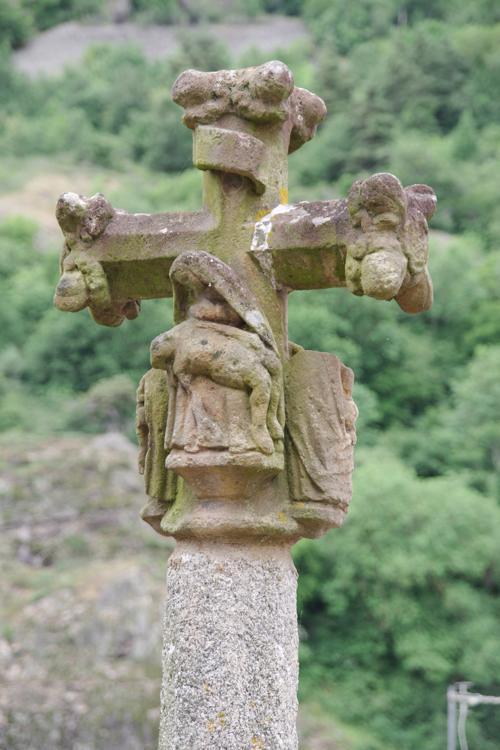 Croix de l'église de Monistrol