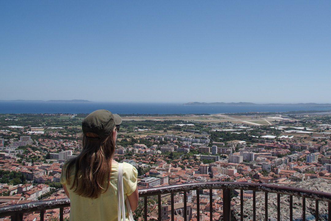 Panorama sur Hyères, les iles d'or et la presque ile de Giens