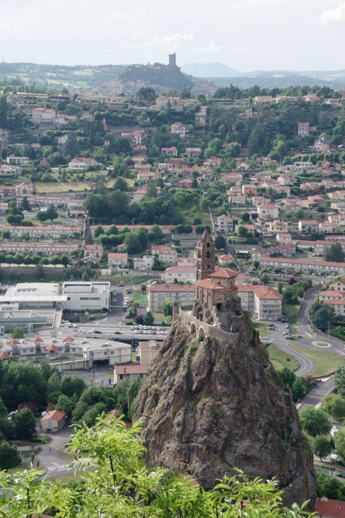 Rocher de Saint Michel l'Aiguilhe au Puy en Velay