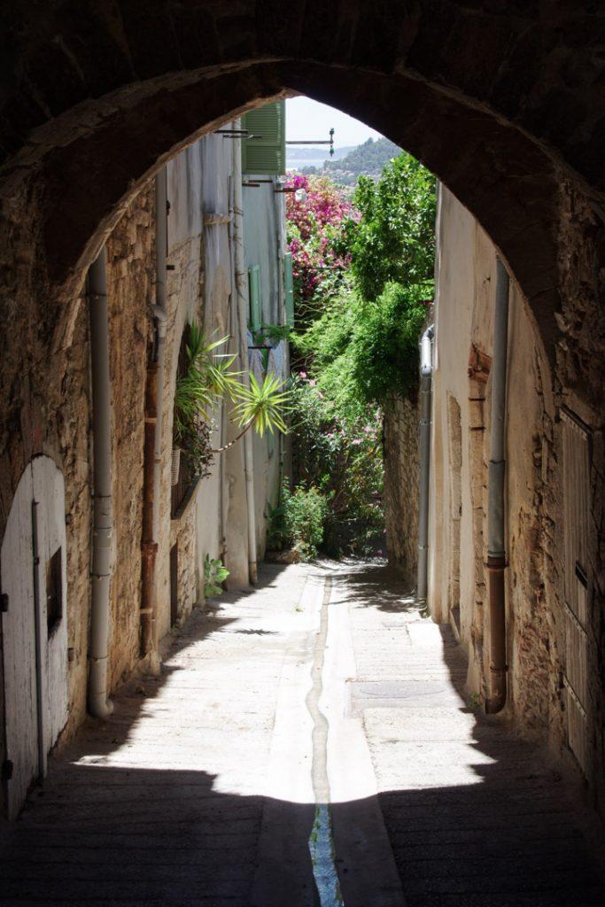 petite rue - Hyères les Palmiers