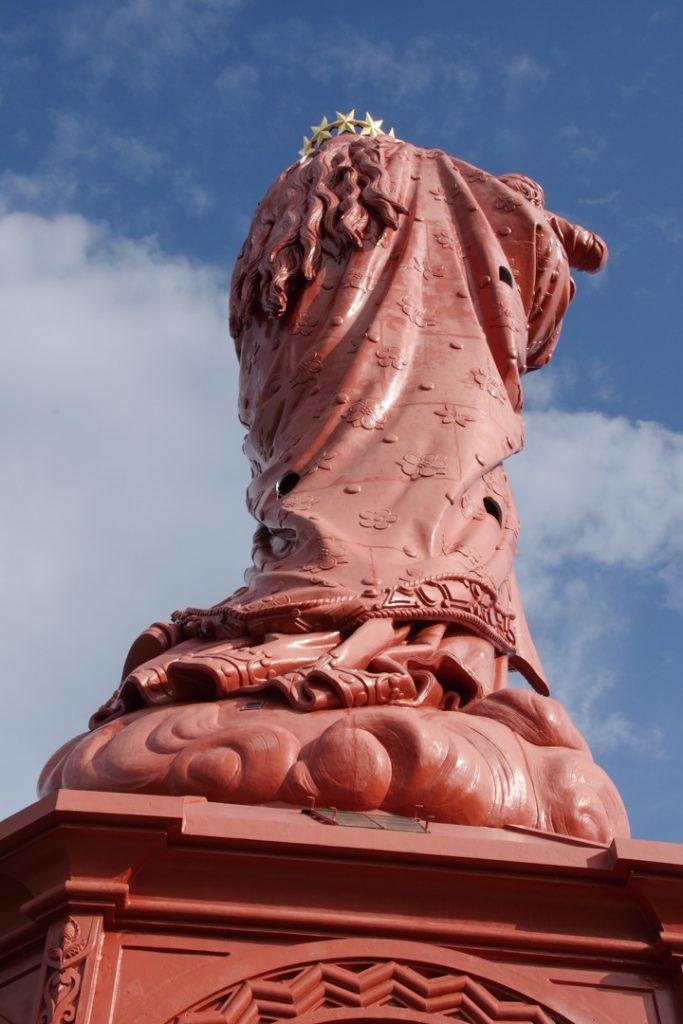 Statue de la vierge du Puy en Velay