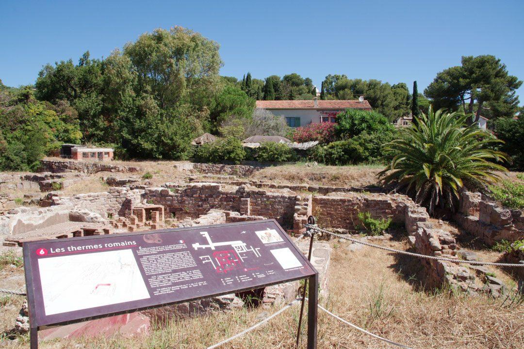 les thermes romains du site archéologique d'Olbia