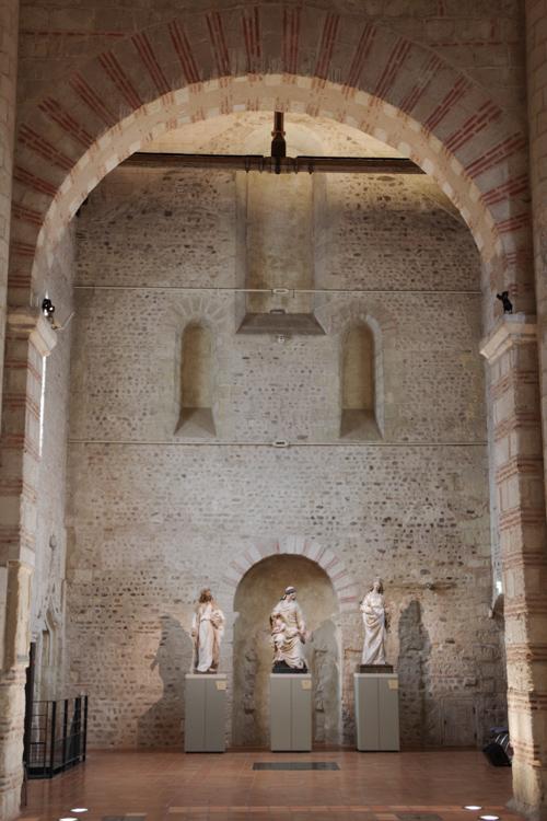 Transept de la collégiale Saint Martin
