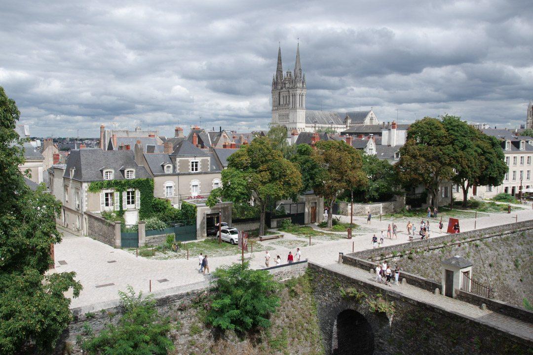 Vue sur la vieille ville d'Angers
