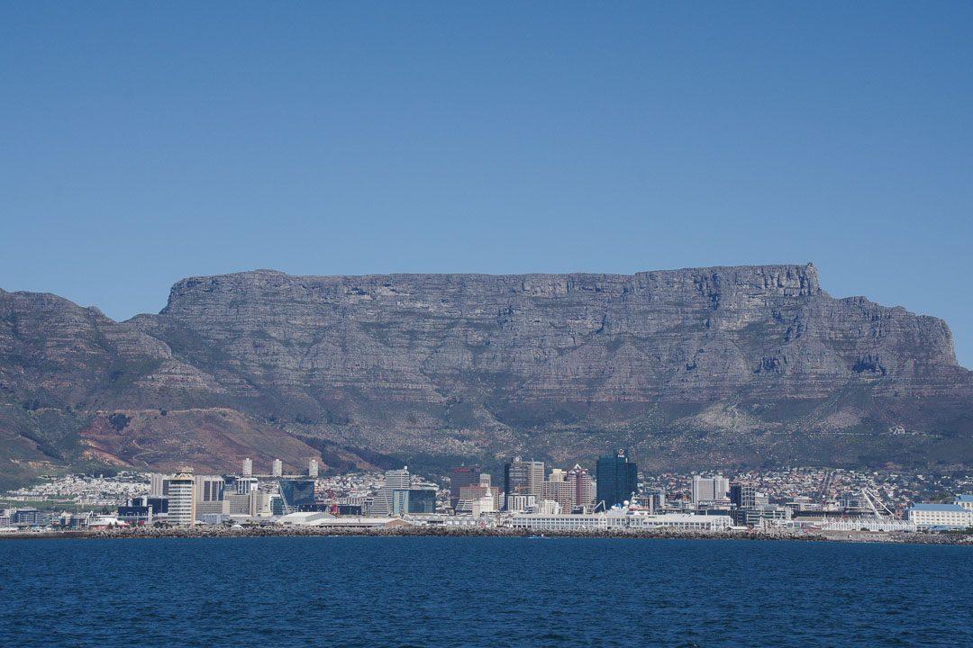 Panorama sur la baie et la ville de Cape Town
