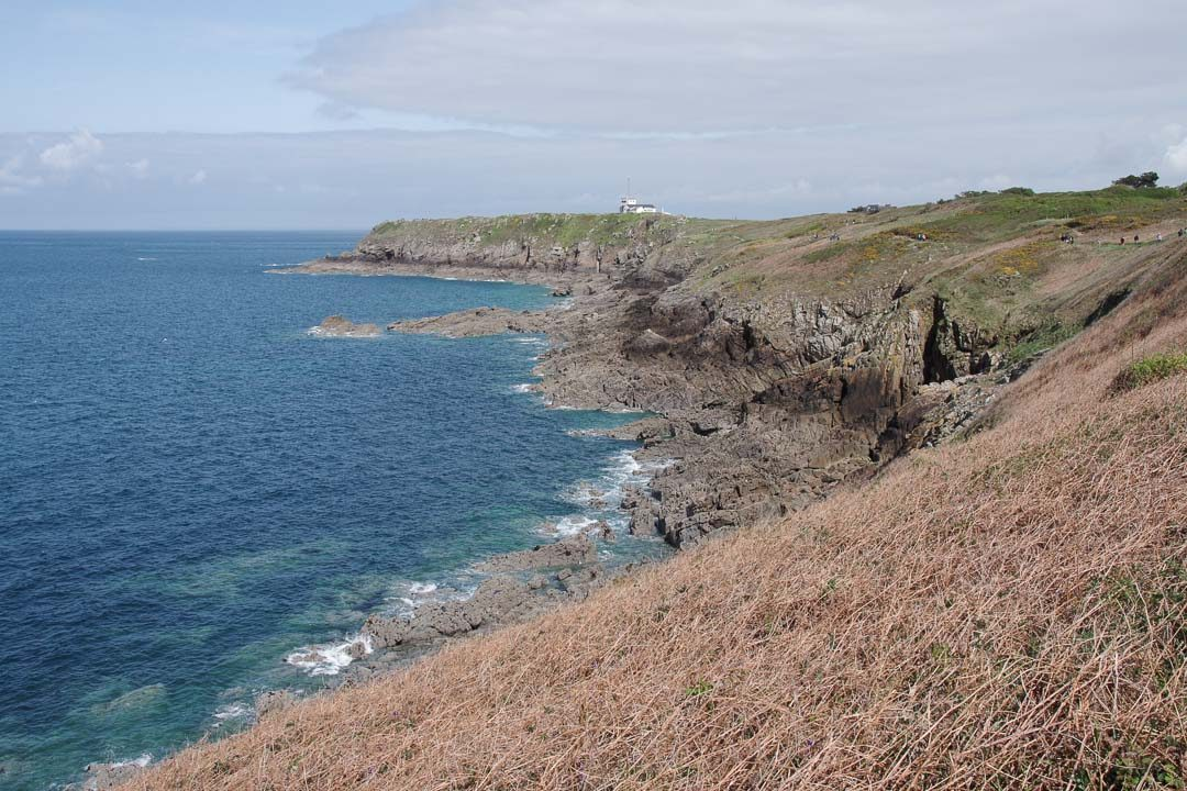 randonnée vers le phare de la pointe du Grouin en Bretagne