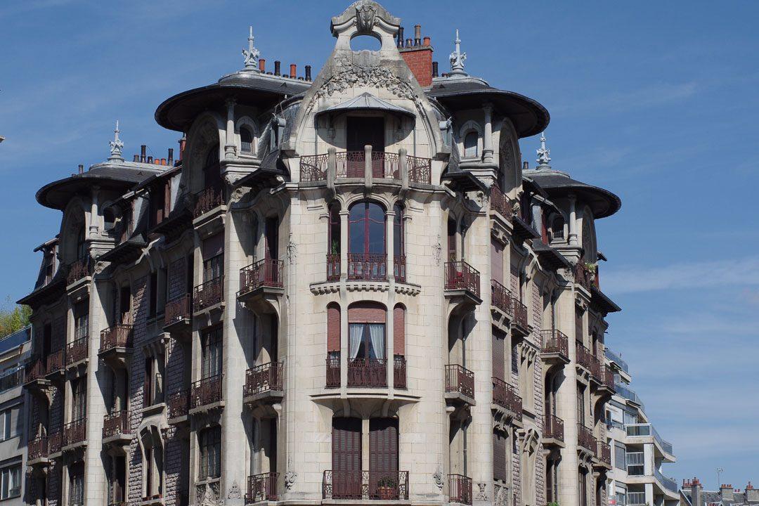 un immeuble art nouvea à Dijon
