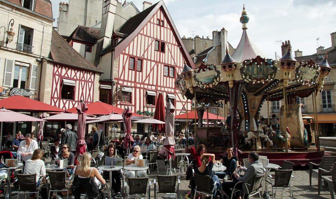 La place Francois Rude - Dijon