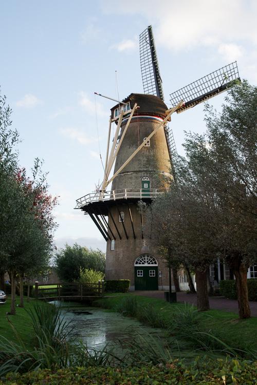 Moulin face à l'hôtel De Arendshoeve